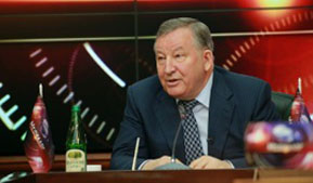 "Governor Alexander Karlin: ""In Altai Krai the rate of production of enterprises of agricultural mechanical engineering cluster has been increased by almost half last year"""